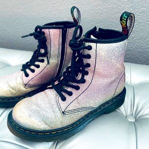 Dr Martens 1460 Rainbow Glitter J Lace Zip Boots